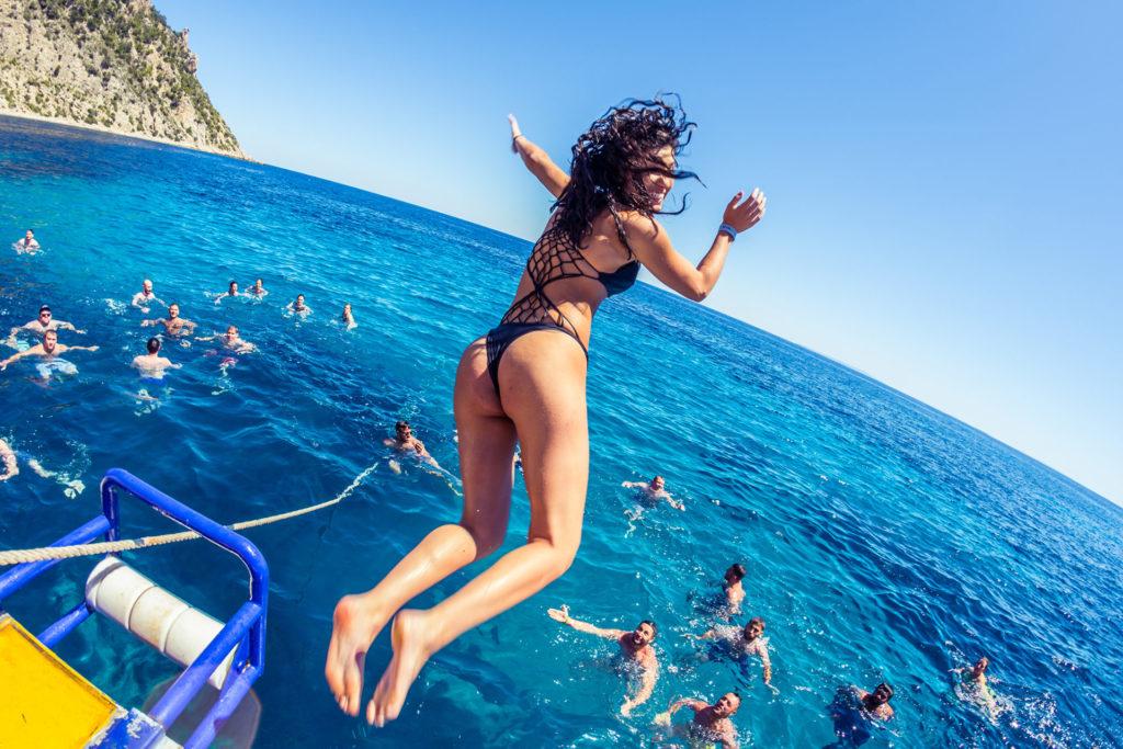4 Oceanbeat Ibiza Boat Party